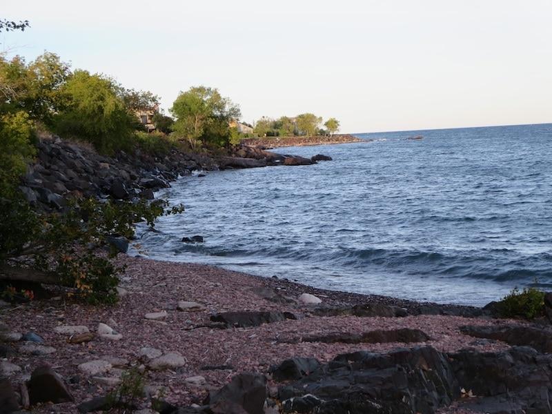 Ufer des Lake Superior