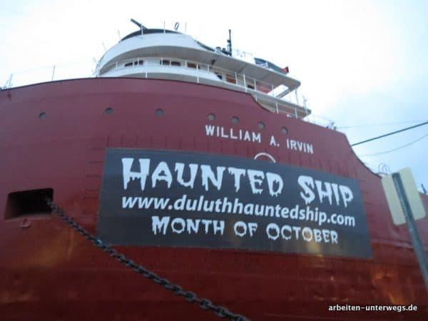 Geisterschiff im Hafen von Duluth