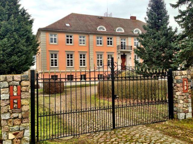 Vorderansicht Herrenhaus Lübbenow
