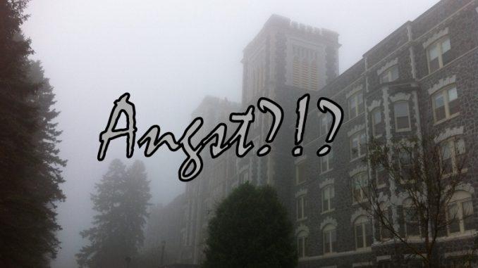 Ein altes Gebäude mit dunklen Tannen drum herum versinkt im Nebel. Darüber das Wort Angst