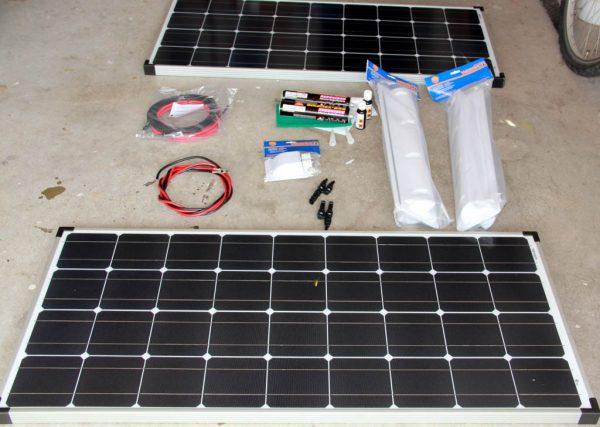 Solaranlage Wohnmobil - alle Teile sind da