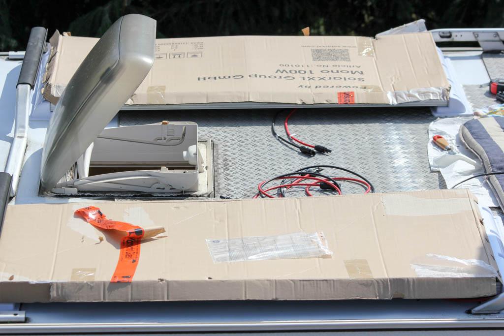 solaranlage f rs wohnmobil selber planen und einbauen arbeiten unterwegs. Black Bedroom Furniture Sets. Home Design Ideas