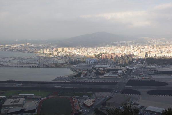 Flugfeld von Gibraltar von Princess Caroline's Battery aus gesehen
