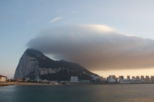Abziehende Wolken vom Felsen in Gibraltar