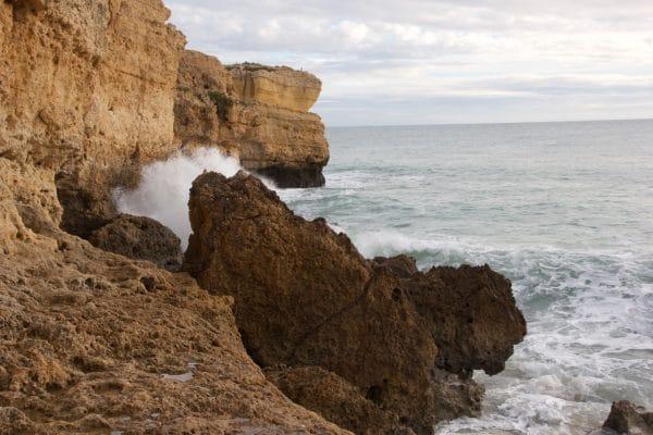 Die wirklich atemberaubende Küste nahe Albufeira
